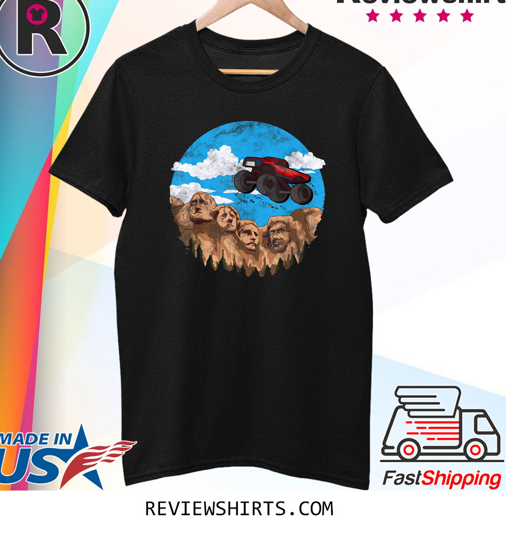 Vintage Monster truck t for boys and toddlers South Dakota T-Shirt